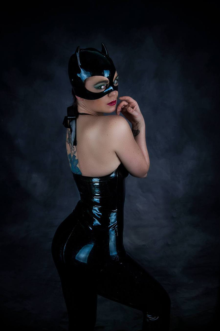 Latex catwoman videoshow fucked tube